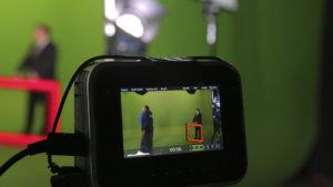 Виртуальная студия для тв-передачи в зеленой циклораме Хромакей Центра